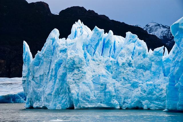 glacier-1740886_640 (1)