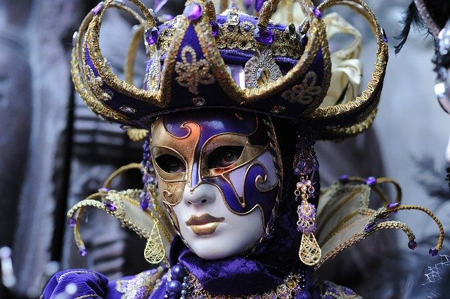 carnival-2999783_640