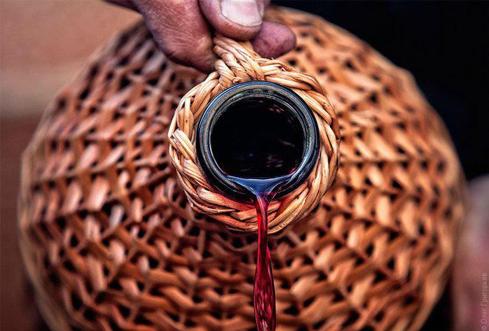 vino-v-kuvshine
